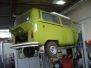 Unterbodenrestauration beim T2b Bus