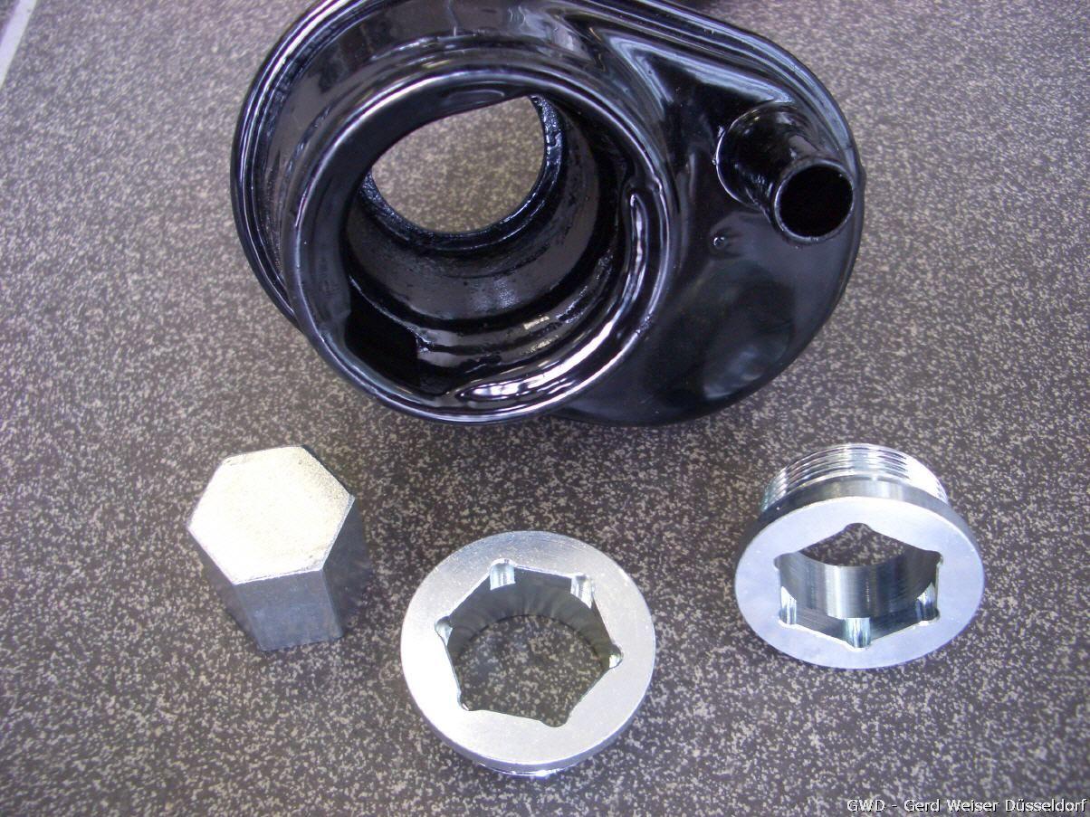 Spezialschraube für Öleinfüller