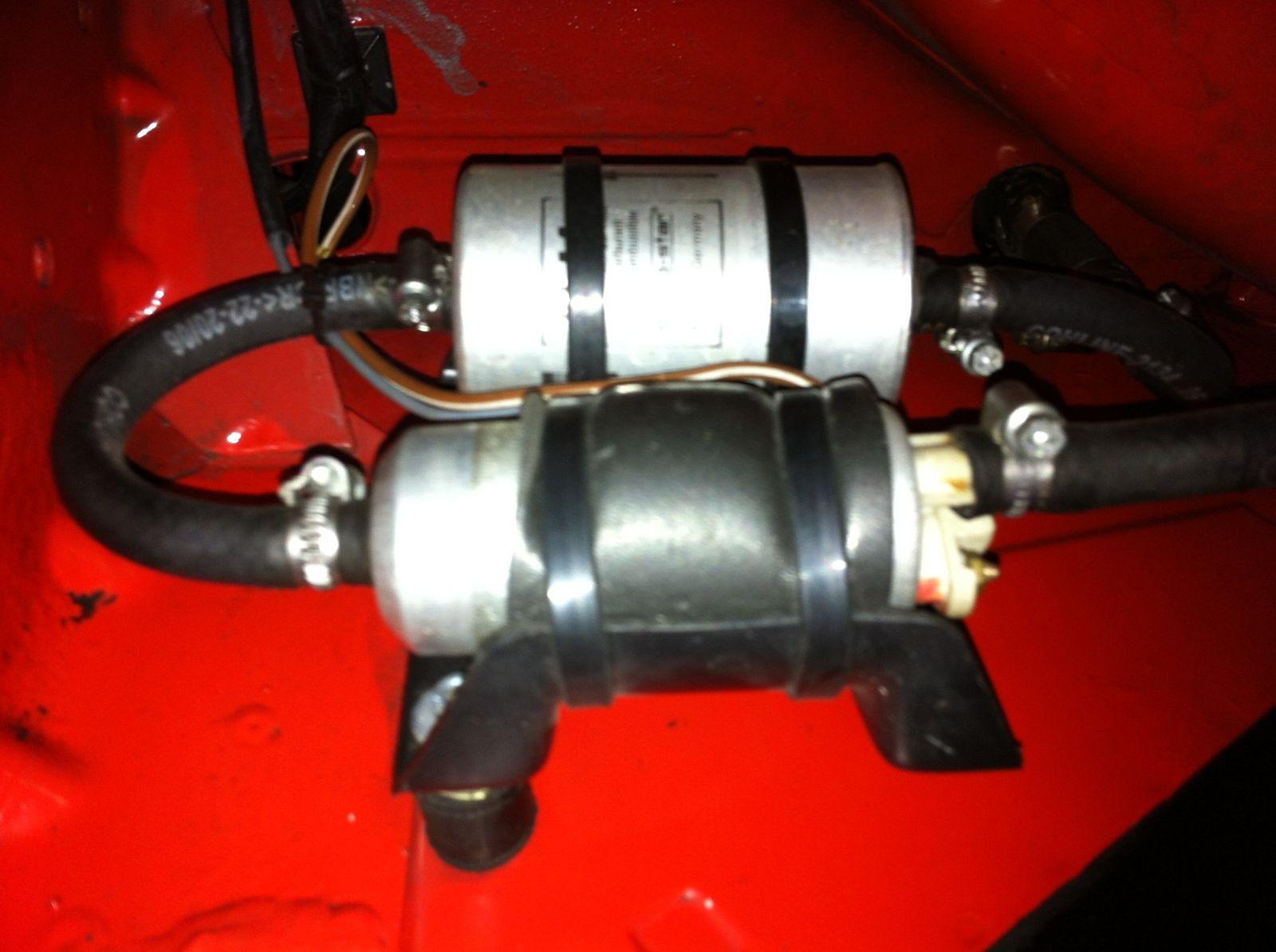 Halter für Kraftstoffpumpen und Einspritzfilter